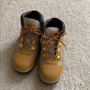 Boys Timberland quarter top boots